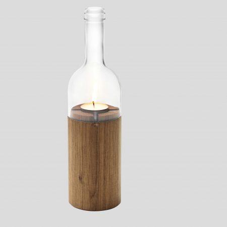 Windlicht in Weinflasche